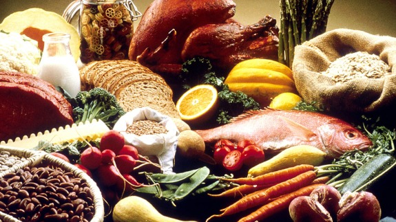Image result for डाइट में ड्राई फ्रूट्स, मछली, हरी सब्जियाँ, डार्क चॉकलेट, बीन्स, दाल